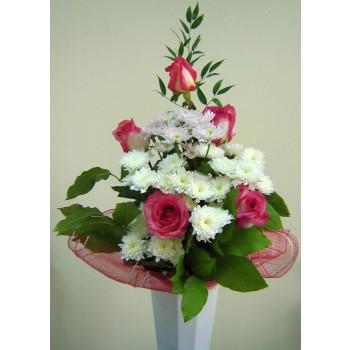 Букет № 14 из роз и хризантем