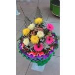 Букет № 2 из роз, гербер и хризантем