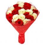 Букет № 29 из белых и красных роз