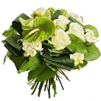 Букет № 53 из антуриумов, роз и фрезии