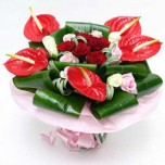 Букет № 60 из роз и антуриумов