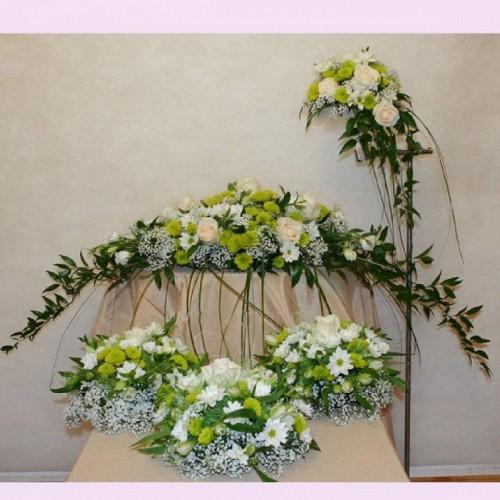 Цветочные свадебные композиции из живых цветов