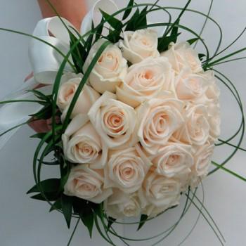 Букет невесты № 19 из нежно-розовых роз