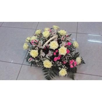 корзина № 1 из белых роз